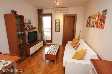 Split, Living room u smještaju tipa apartment, dostupna klima.