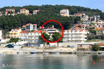 Property Trogir (Trogir) - Accommodation 7561 - Apartments near sea with pebble beach.