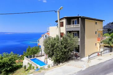 Property Borak (Omiš) - Accommodation 7571 - Apartments with sandy beach.