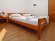 Bedroom 1 - Apartment A-7599-a - Apartments Zaostrog (Makarska) - 7599