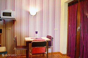 Apartment A-7612-a - Apartments Pješčana Uvala (Pula) - 7612