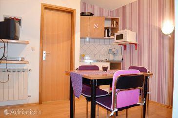 Apartment A-7612-e - Apartments Pješčana Uvala (Pula) - 7612