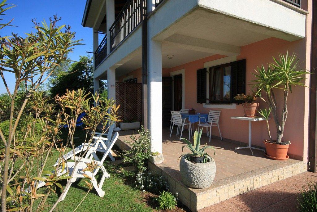 Apartmány s parkoviskom v meste Presika - 7617