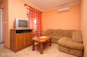 Apartment A-7620-a - Apartments Ližnjan (Medulin) - 7620