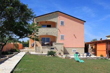 Ližnjan, Medulin, Property 7620 - Apartments with sandy beach.