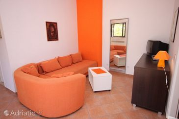 Apartment A-7641-c - Apartments Pješčana Uvala (Pula) - 7641