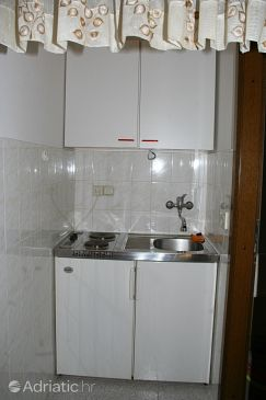 Studio flat AS-771-a - Apartments Omiš (Omiš) - 771