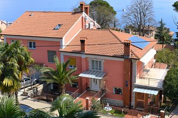 Property Lovran (Opatija) - Accommodation 7737 - Apartments and Rooms with pebble beach.