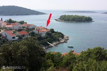 Property Maslinica (Šolta) - Accommodation 775 - Apartments near sea with rocky beach.
