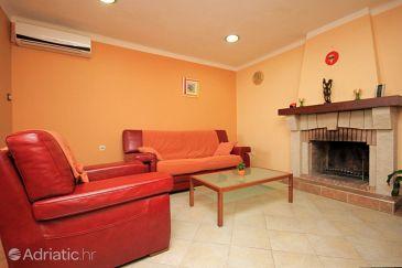 Apartment A-7825-a - Apartments Rijeka (Rijeka) - 7825