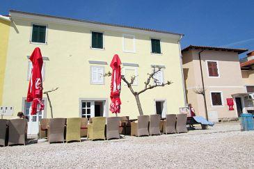 Property Mošćenička Draga (Opatija) - Accommodation 7833 - Apartments near sea with pebble beach.