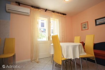 Apartment A-7933-a - Apartments Cres (Cres) - 7933
