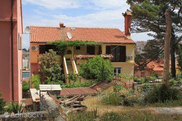 Property Mali Lošinj (Lošinj) - Accommodation 7958 - Apartments near sea with sandy beach.