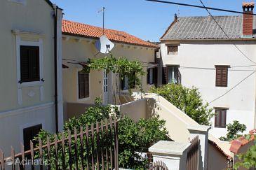 Property Mali Lošinj (Lošinj) - Accommodation 7980 - Apartments near sea with sandy beach.