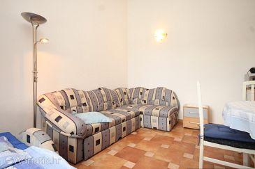 Apartment A-8011-a - Apartments Sveti Jakov (Lošinj) - 8011