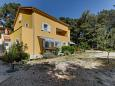 Property Artatore (Lošinj) - Accommodation 8022 - Apartments near sea with pebble beach.