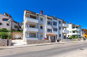 Mali Lošinj, Lošinj, Property 8026 - Apartments with pebble beach.