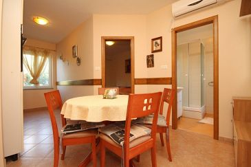 Apartament A-8082-a - Apartamenty Punta križa (Cres) - 8082