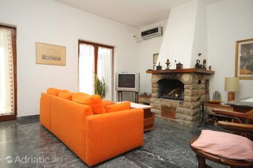 Mali Lošinj, Living room u smještaju tipa apartment, dostupna klima, dopusteni kucni ljubimci i WIFI.