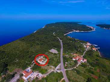 Property Veli Rat (Dugi otok) - Accommodation 8096 - Vacation Rentals with rocky beach.