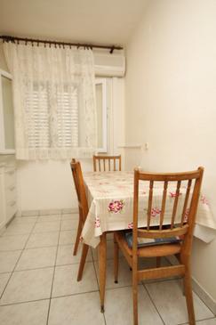 Verunić, Dining room u smještaju tipa apartment, dopusteni kucni ljubimci i WIFI.