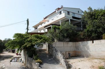 Property Luka (Dugi otok) - Accommodation 8132 - Rooms near sea.