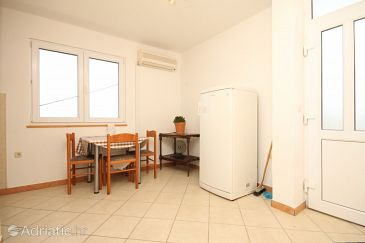 Apartment A-8133-b - Apartments Žman (Dugi otok) - 8133