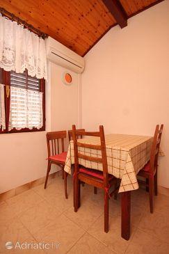 Apartment A-8136-a - Apartments Sali (Dugi otok) - 8136
