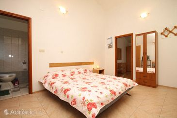 Apartment A-8151-b - Apartments Luka (Dugi otok) - 8151