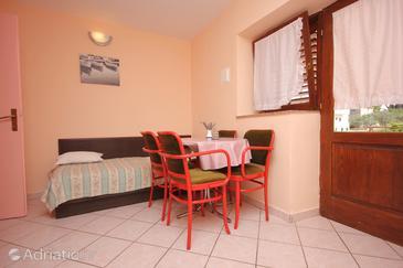 Apartment A-8211-a - Apartments Kukljica (Ugljan) - 8211