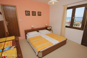 Room S-8223-d - Rooms Pašman (Pašman) - 8223