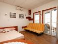 Bedroom - Studio flat AS-8224-b - Apartments Preko (Ugljan) - 8224