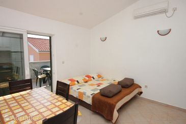 Apartment A-8242-c - Apartments Banj (Pašman) - 8242