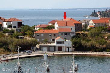 Property Kali (Ugljan) - Accommodation 8246 - Apartments near sea.