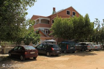 Property Kukljica (Ugljan) - Accommodation 8253 - Apartments near sea with pebble beach.
