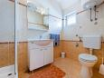 Bathroom - Apartment A-8271-b - Apartments Kali (Ugljan) - 8271