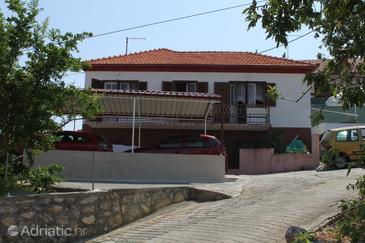 Property Kali (Ugljan) - Accommodation 8319 - Apartments near sea.