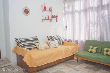 Apartment A-8330-a - Apartments Okrug Gornji (Čiovo) - 8330