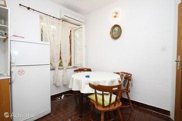 Apartment A-8368-b - Apartments Žaborić (Šibenik) - 8368