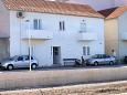 Kali, Ugljan, Parking lot 837 - Apartments blizu mora with pebble beach.