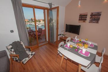 Apartment A-8432-c - Apartments Poljana (Ugljan) - 8432