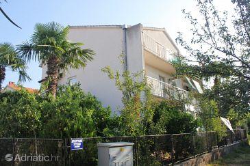 Property Kaštel Štafilić (Kaštela) - Accommodation 8436 - Apartments near sea with pebble beach.