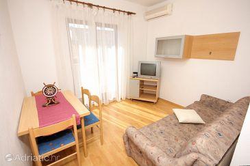 Apartment A-8437-b - Apartments Mavarštica (Čiovo) - 8437