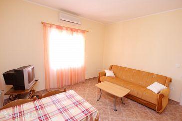 Apartment A-8440-a - Apartments Okrug Gornji (Čiovo) - 8440
