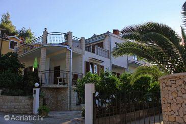 Okrug Gornji, Čiovo, Property 8441 - Apartments blizu mora with pebble beach.