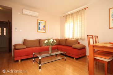Apartment A-8558-c - Apartments Plat (Dubrovnik) - 8558