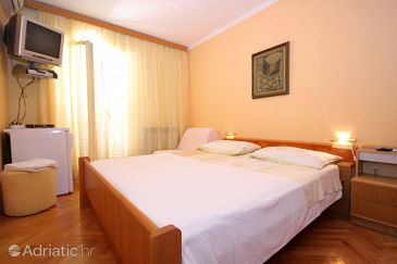 Room S-8590-a - Apartments and Rooms Dubrovnik (Dubrovnik) - 8590