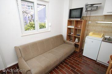 Podstrana, Dining room u smještaju tipa apartment, dostupna klima, dopusteni kucni ljubimci i WIFI.