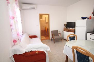 Apartment A-8647-c - Apartments Nečujam (Šolta) - 8647