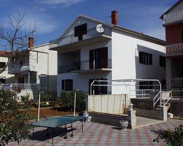 Obiekt Biograd na Moru (Biograd) - Zakwaterowanie 865 - Apartamenty blisko morza ze żwirową plażą.